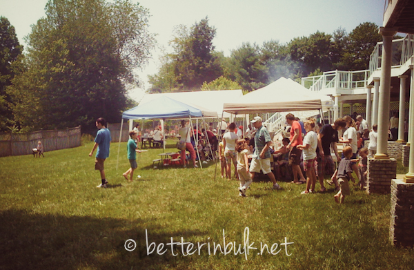 Perfect Backyard Party : Tips to Throwing a Great Backyard BBQ GetTogether #SummerwithSears