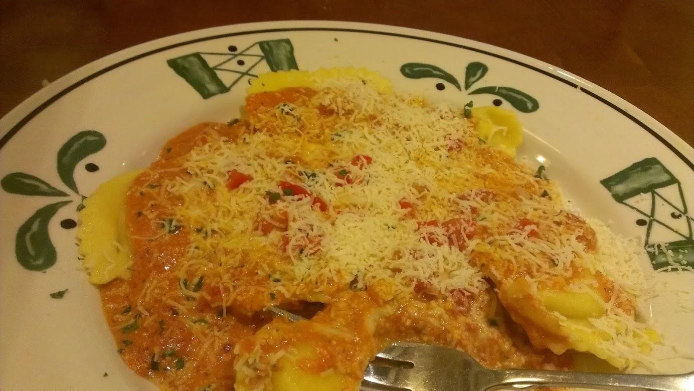Mezzaluna Ravioli At The Olive Garden Dinner Today Dinner Tomorrow
