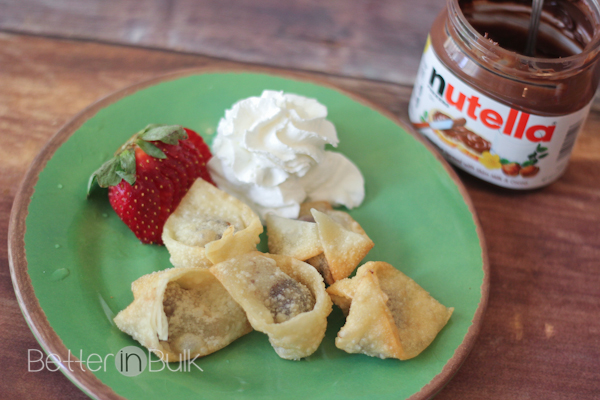 Nutella wontons? Who said wontons were just for savory flavors? You will not believe how delicious these Nutella filled wontons are as a sweet party appetizer or dessert.