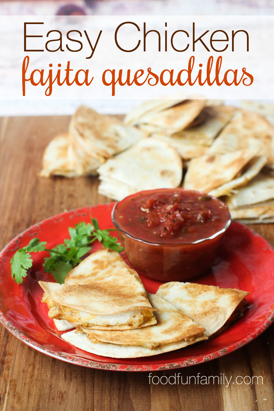 These easy chicken fajita quesadillas could not be any easier or more ...