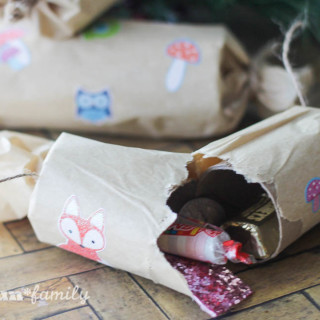 Woodland Christmas Crackers: Easy DIY Craft